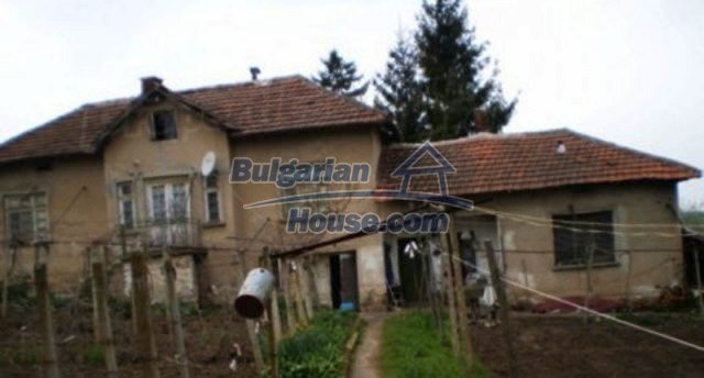 12158:2 - Very cheap house with huge garden and nice views near Vratsa