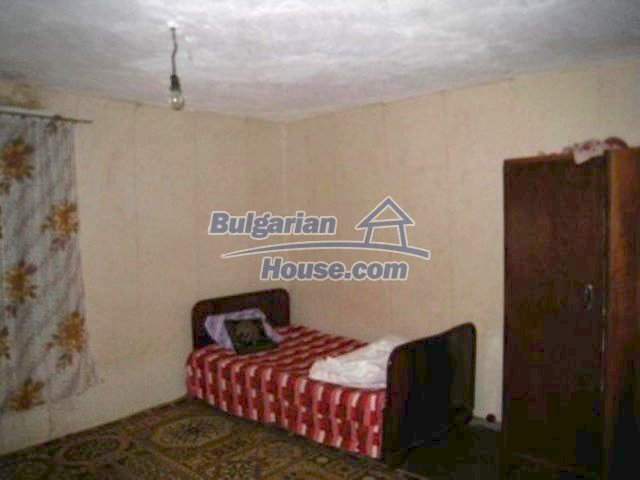 12158:6 - Very cheap house with huge garden and nice views near Vratsa