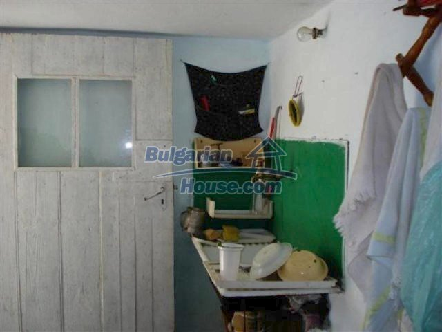 12162:4 - Nice house with big garden near Elhovo – advantageous offer