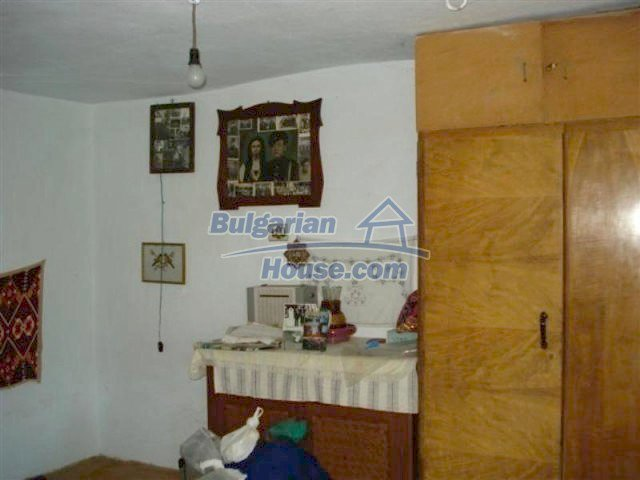 12162:7 - Nice house with big garden near Elhovo – advantageous offer