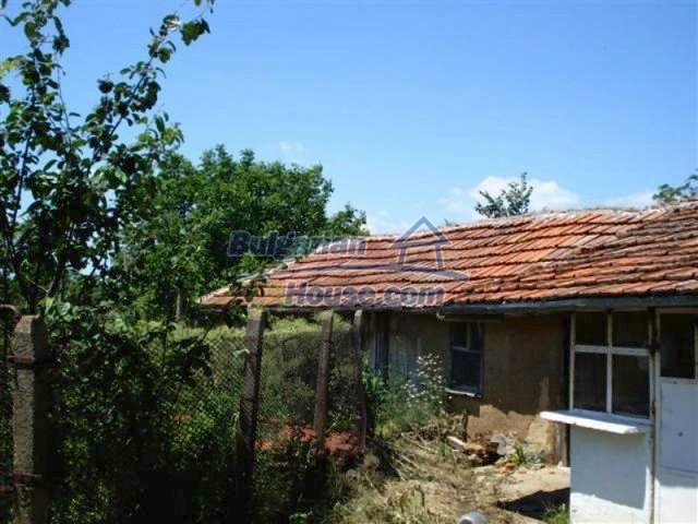 12162:13 - Nice house with big garden near Elhovo – advantageous offer