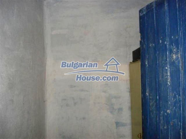 12162:8 - Nice house with big garden near Elhovo – advantageous offer