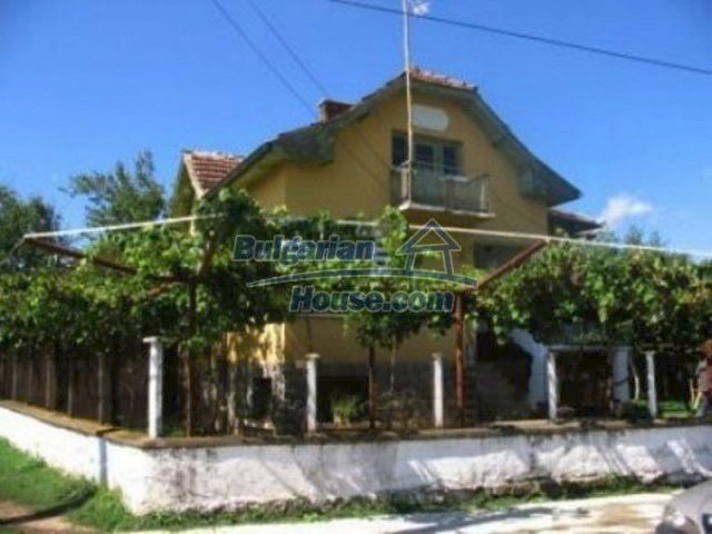 12163:1 - Property with nice views – house and large garden near Vratsa