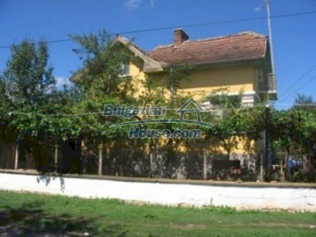 12163:2 - Property with nice views – house and large garden near Vratsa