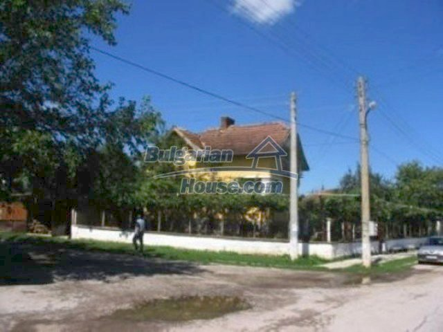12163:3 - Property with nice views – house and large garden near Vratsa