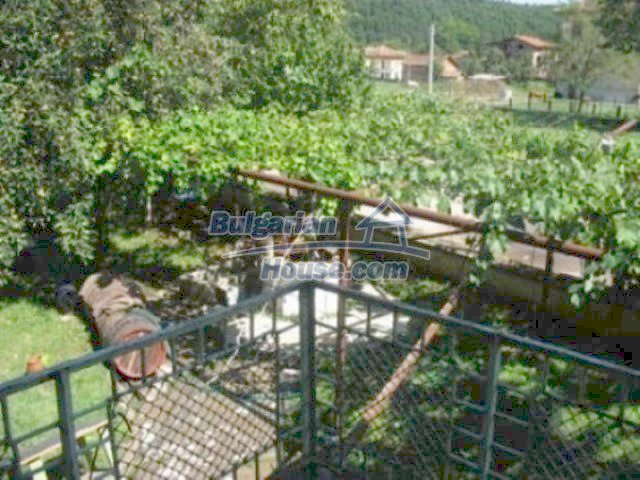 12163:4 - Property with nice views – house and large garden near Vratsa