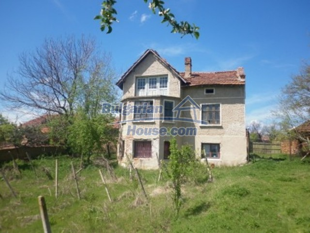 12165:2 - Low-priced house with garden and lovely scenery - Vratsa