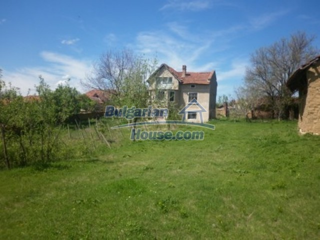12165:3 - Low-priced house with garden and lovely scenery - Vratsa
