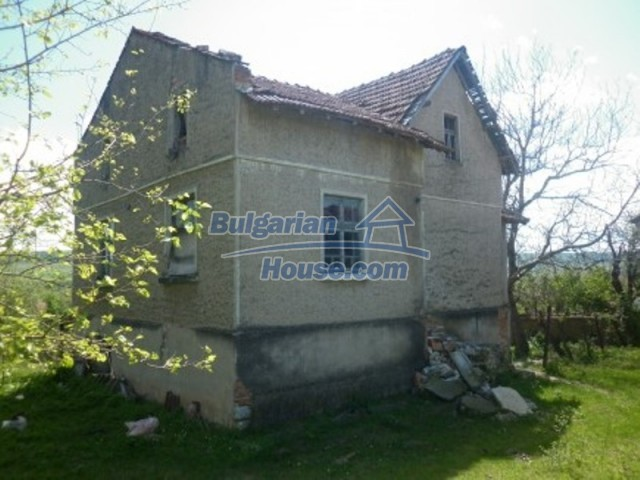 12165:9 - Low-priced house with garden and lovely scenery - Vratsa