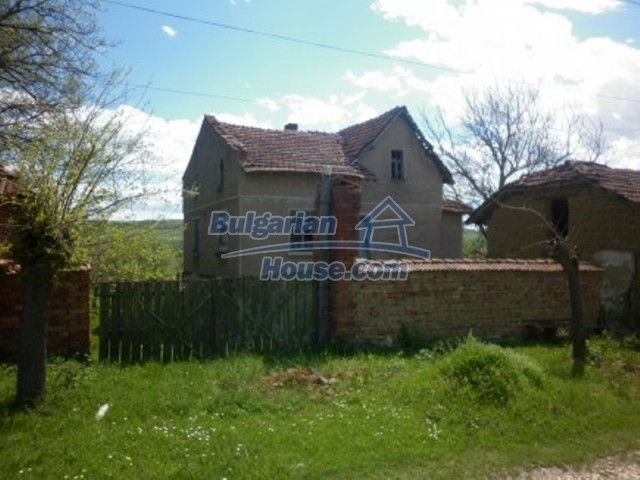 12165:12 - Low-priced house with garden and lovely scenery - Vratsa