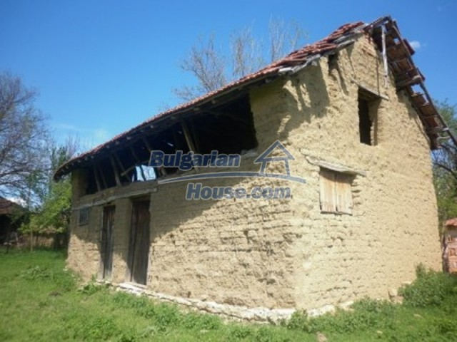 12165:17 - Low-priced house with garden and lovely scenery - Vratsa
