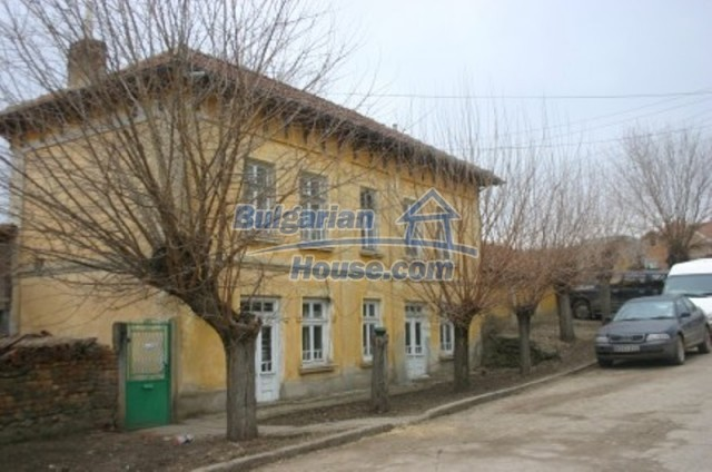 12169:2 - Affordable Bulgarian house near Vratsa – 25 km from Danube River