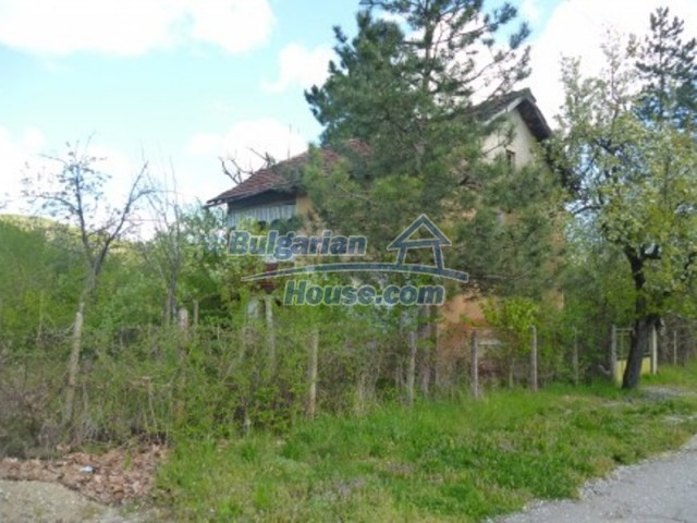 12177:2 - Cheap Bulgarian house with marvelous surroundings - Montana