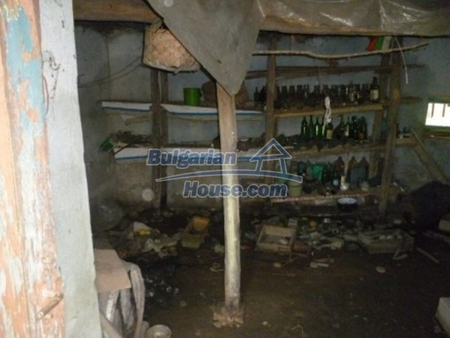 12177:7 - Cheap Bulgarian house with marvelous surroundings - Montana