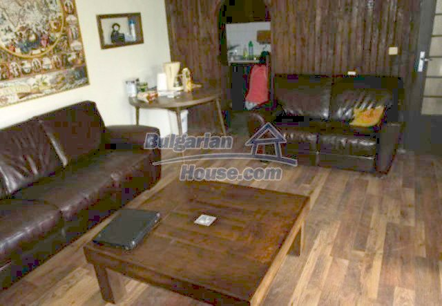 12183:10 - Incredibly cozy home surrounded by pine forest in Sofia District