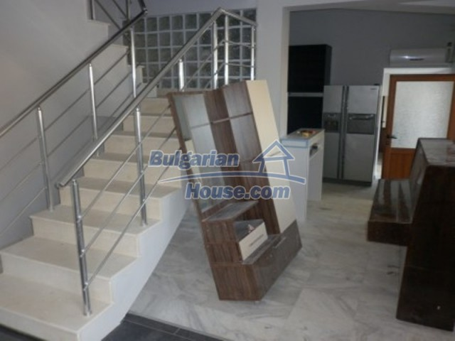 12187:11 - Luxury property with panoramic views and garden - Vratsa