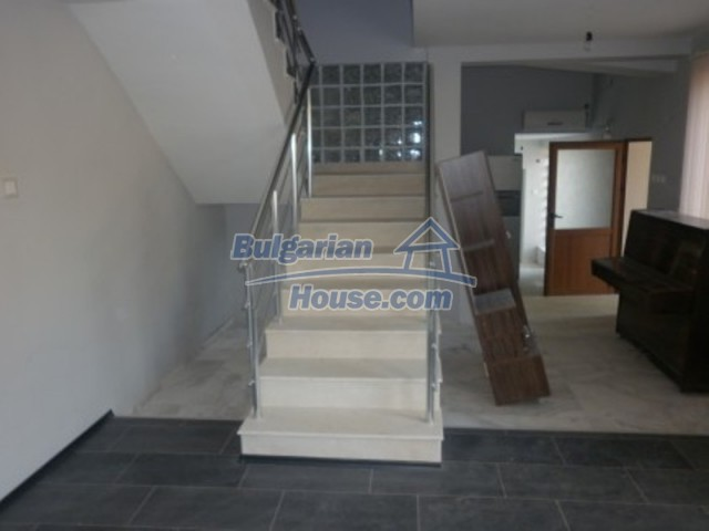 12187:12 - Luxury property with panoramic views and garden - Vratsa