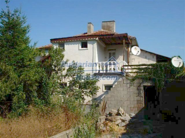 12189:3 - Wonderful large Bulgarian house in Elhovo town