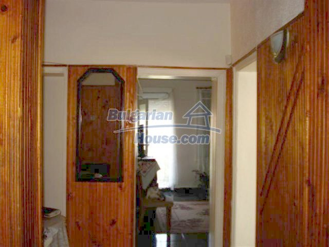 12189:5 - Wonderful large Bulgarian house in Elhovo town