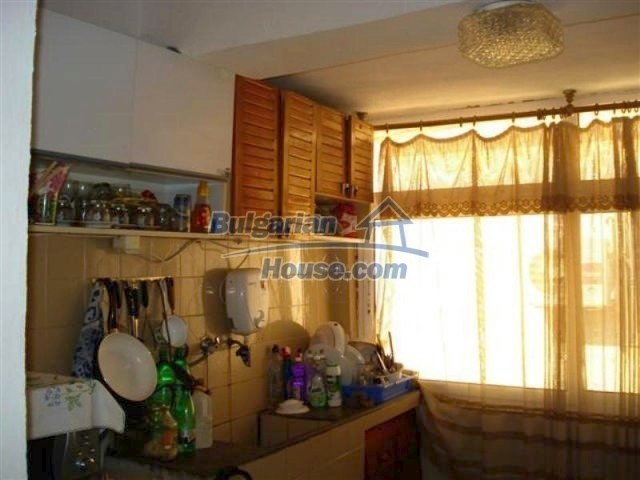 12189:6 - Wonderful large Bulgarian house in Elhovo town