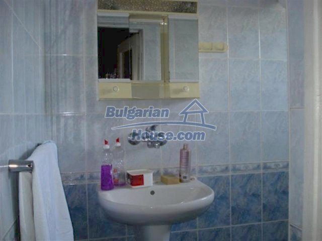 12189:13 - Wonderful large Bulgarian house in Elhovo town