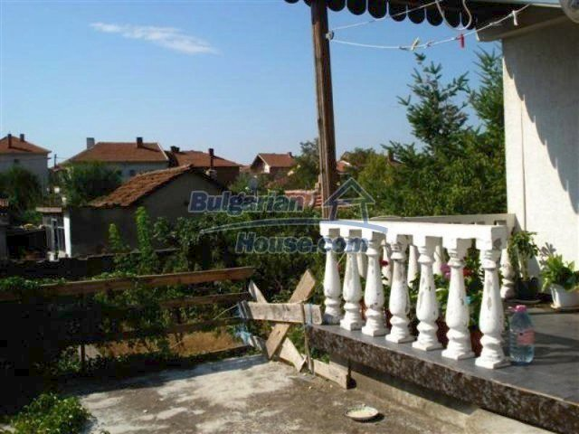 12189:19 - Wonderful large Bulgarian house in Elhovo town