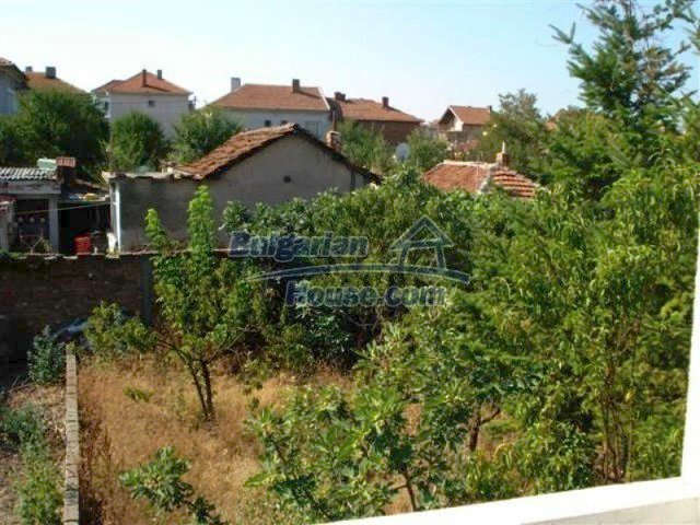 12189:21 - Wonderful large Bulgarian house in Elhovo town