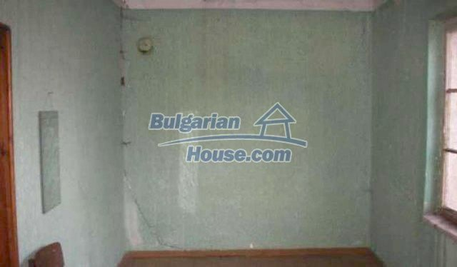 12192:6 - Solid and very cheap house in Plovdiv region