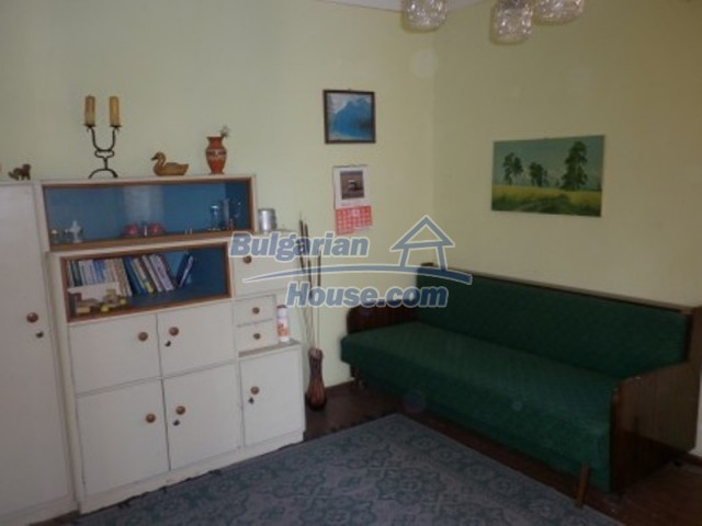 12202:11 - Very nice low-priced country house in Vratsa region