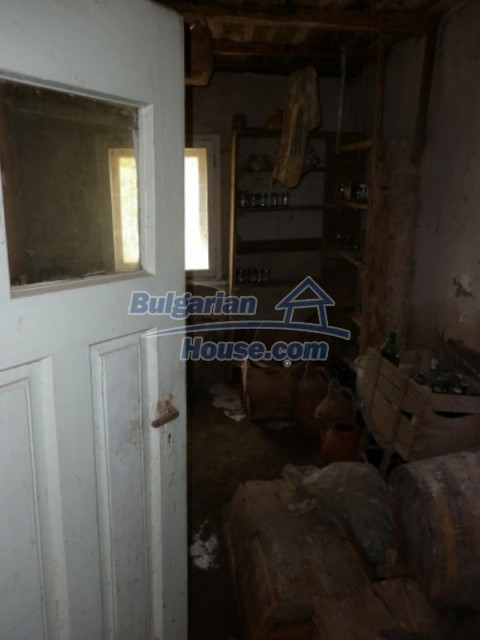 12202:22 - Very nice low-priced country house in Vratsa region