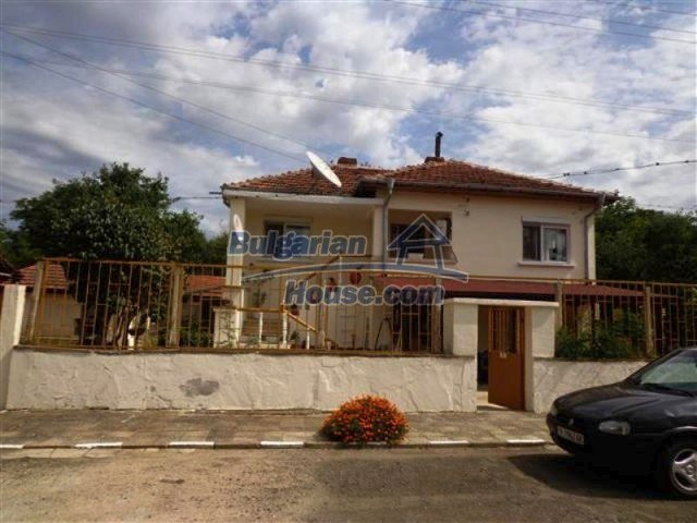 12207:1 - Fantastic furnished house with pool and garden near Sungurlare
