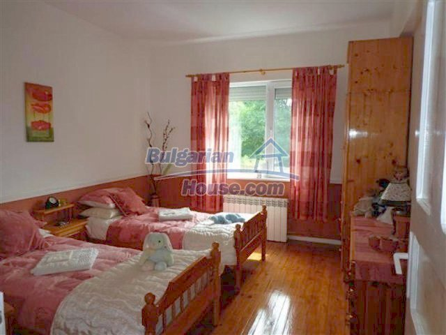 12207:25 - Fantastic furnished house with pool and garden near Sungurlare