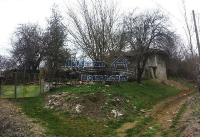 12209:2 - Cheap completed house with huge garden near Razgrad