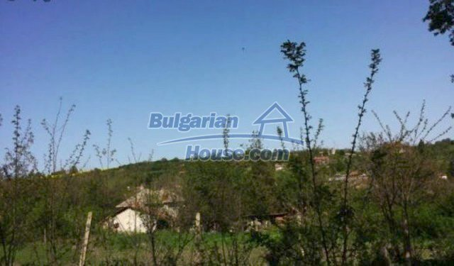 12209:7 - Cheap completed house with huge garden near Razgrad