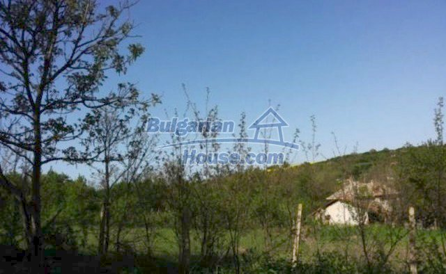 12209:8 - Cheap completed house with huge garden near Razgrad