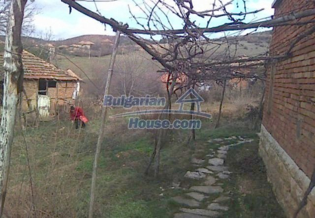 12215:2 - Well disposed and cheap rural house near Vratsa – nice view