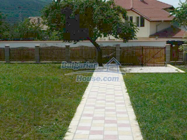 12216:6 - Fantastic completed house 3 km from the beach near Albena