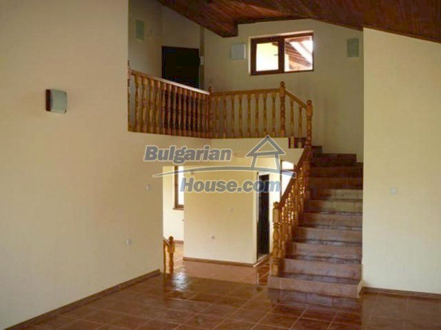 12216:26 - Fantastic completed house 3 km from the beach near Albena