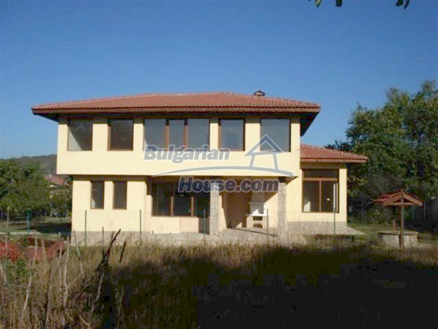 12216:27 - Fantastic completed house 3 km from the beach near Albena