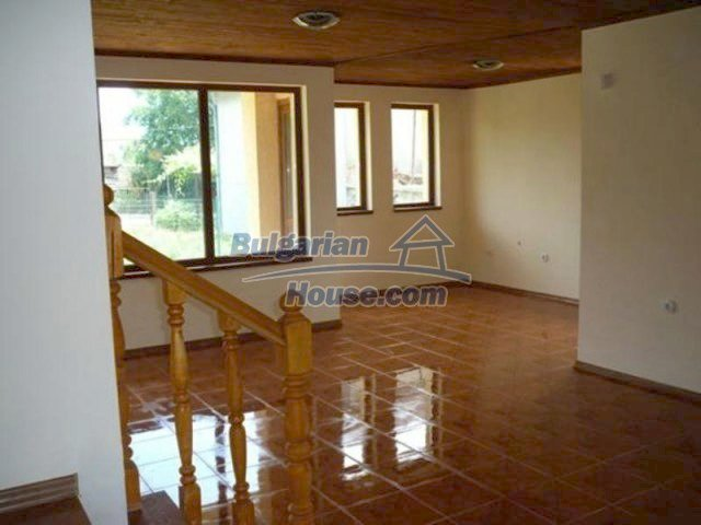 12216:22 - Fantastic completed house 3 km from the beach near Albena