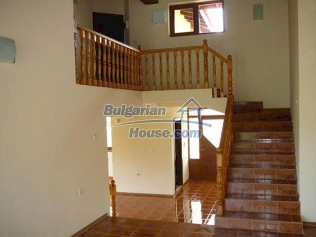 12216:23 - Fantastic completed house 3 km from the beach near Albena