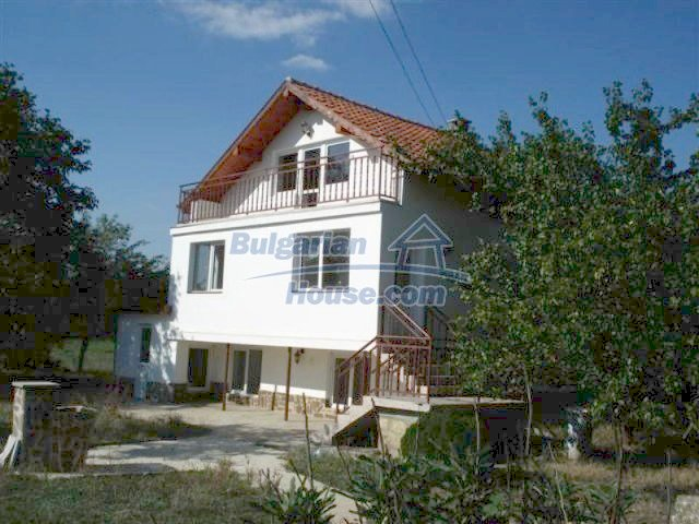 12218:3 - Large well presented seaside house in Varna region