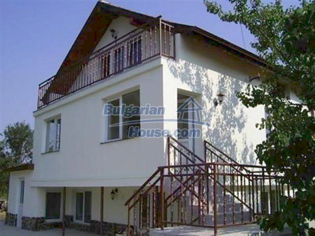12218:4 - Large well presented seaside house in Varna region