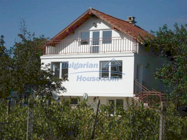 12218:10 - Large well presented seaside house in Varna region
