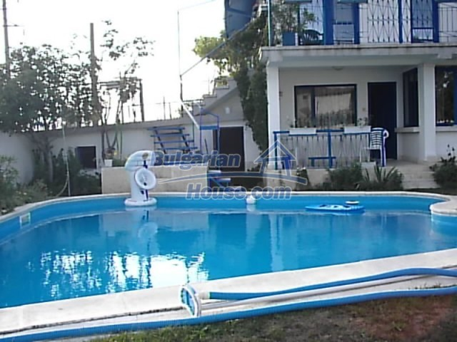 12220:5 - Gorgeous Bulgarian house with swimming pool in Byala