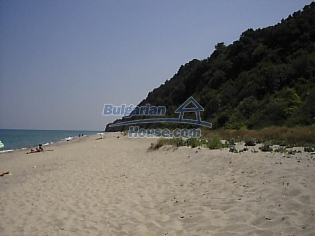 12220:28 - Gorgeous Bulgarian house with swimming pool in Byala