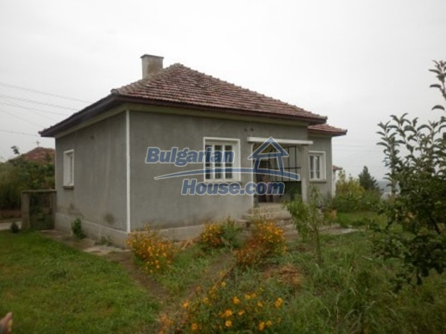 12221:1 - Charming cheap house near Danube River in Vratsa region