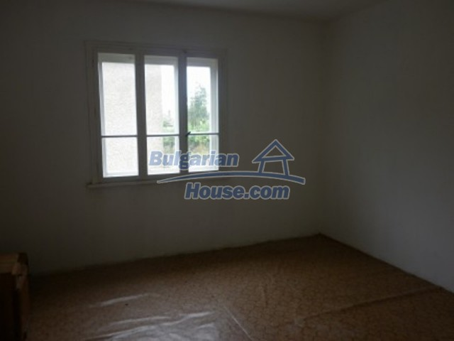 12221:7 - Charming cheap house near Danube River in Vratsa region
