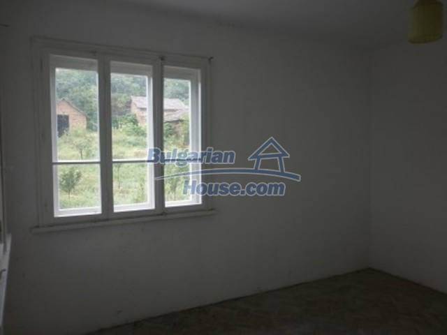12221:8 - Charming cheap house near Danube River in Vratsa region