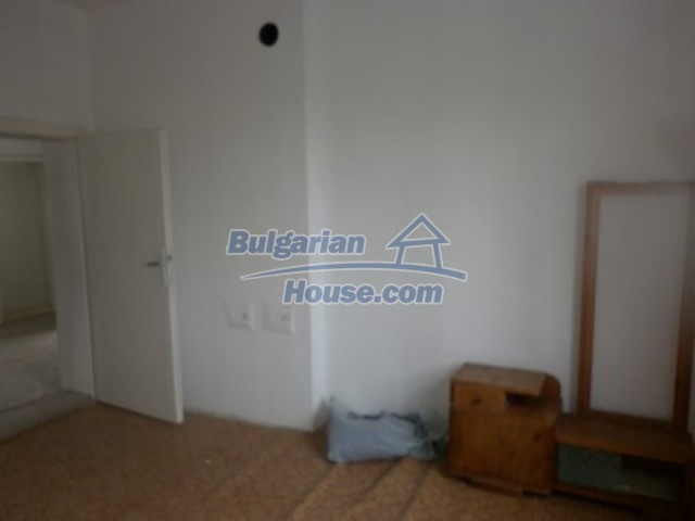 12221:9 - Charming cheap house near Danube River in Vratsa region